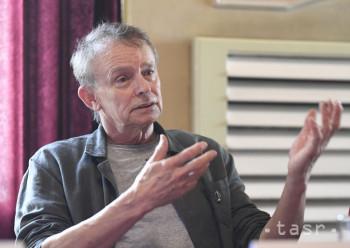 Slovenský filmový a divadelný režisér Juraj Nvota má 65 rokov