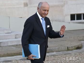 Šéf francúzskej diplomacie Laurent Fabius odstúpil z funkcie
