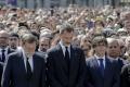 Útoky v Španielsku: Tisíce ľudí, kráľ aj premiér si pripomenuli obete