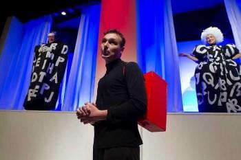 Divadlo uvádza novú hru Benjamína Škreka Jazyková ríša