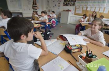 Psychológ: Aj deti, ktoré majú s učením problémy, treba pochváliť