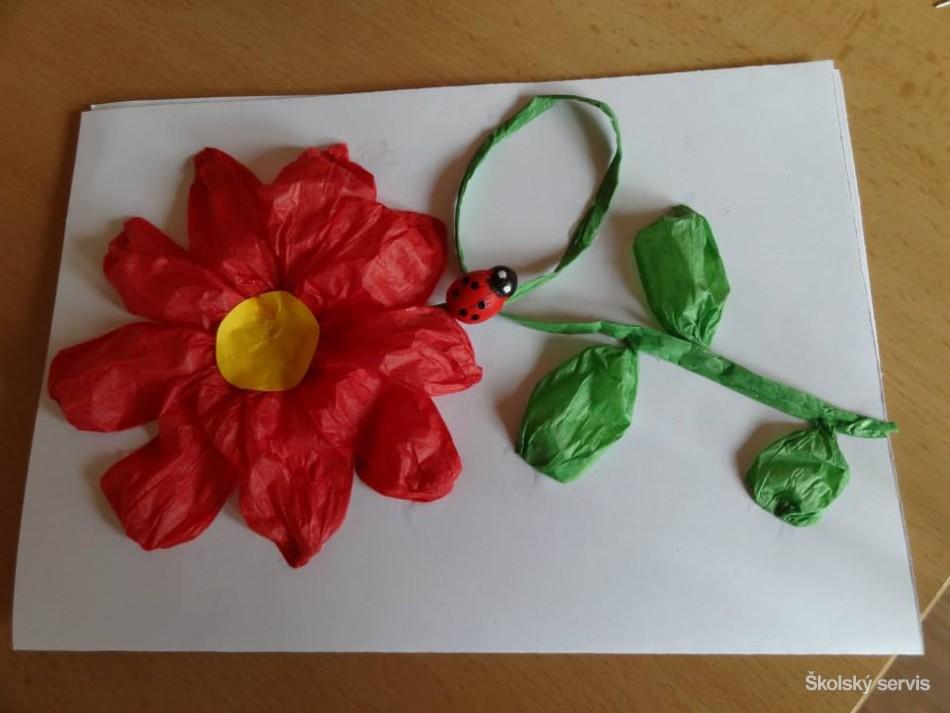 Deti zo ZŠ s MŠ Havaj vyrábali darčeky k MDŽ - Fotodenník ... 27508c71484