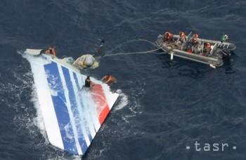 Desivé video: Pasažier natočil, ako sa lietadlo rúti do oceánu