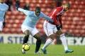 Futbal: Marcus Bent nepôjde za mreže