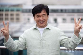 Bojovník kung-fu, herec Jackie Chan má 60 rokov