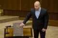 Kotlebovho poslanca M. Mazureka budú vyšetrovať za reči o holokauste