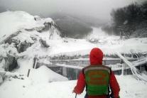 ONLINE: Taliansky hotel pochovala lavína, našli telá štyroch obetí