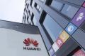 Huawei údajne rokuje o predaji prémiových značiek smartfónov P a Mate