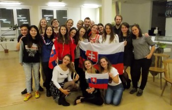 UVLF v Košiciach privítala budúcich veterinárov krajín V4