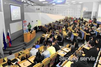 PEVŠ v apríli - DOD, Fico, kozmické právo i Venezuela