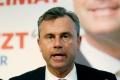 Porazený prezidentský kandidát Hofer vyzýva občanov na jednotu