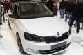 Pre nedostatok čipov prerušila Škoda Auto výrobu batérií