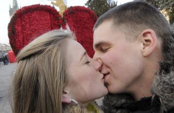 Čo sa deje v mozgu, keď sa človek zamiluje?