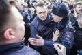 FOTO: Rusko zasiahla vlna protestov, lídra opozície Navaľného zatkli