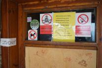 Zatvorená chata pod Kľačianskou Magurou