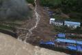 VIDEO: Silné dažde vyvolali v Číne záplavy a mohutné zosuvy pôdy