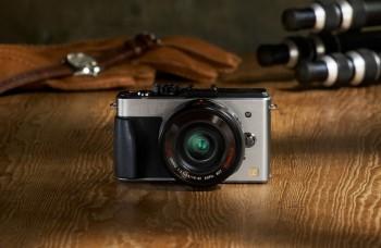 Blížia sa Vianoce, vyberáme fotoaparát