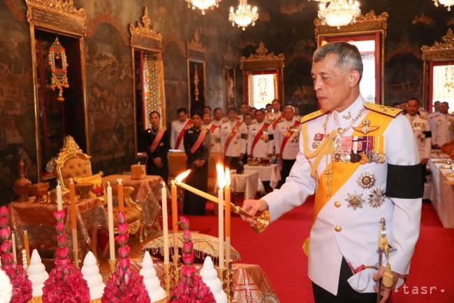 a69f8f833432e V Thajsku vrcholia prípravy na pohreb kráľa Pchúmipchóna Adundéta - 24hod.sk