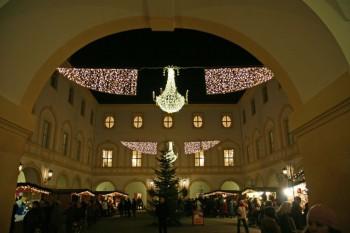 Aj počas adventu a Vianoc možno spoznávať české hrady a zámky