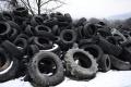 Envirorezort: Odpad pneumatík sa má zjednodušiť,často končia v prírode