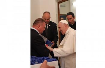 Pápež František prijal na osobnej audiencii filantropa Milana Fiľa