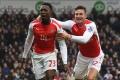 Welbeck bude Arsenalu pre zranenie chýbať tri týždne