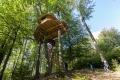 Chcete nocovať na strome? Navštívte rozprávkový domček v Bratislave