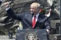 Trump zatiaľ nepredstavil novú americkú stratégiu v Afganistane