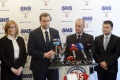 SNS vyzýva na odchod predsedu ÚRSO J. Holjenčíka