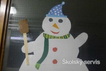 Snehuliak môže byť aj z papiera