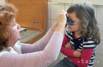 PSYCHOLÓG: Na prvú očnú prehliadku treba dieťa dopredu pripraviť