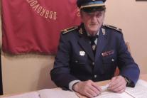 polícia a hasičov datovania