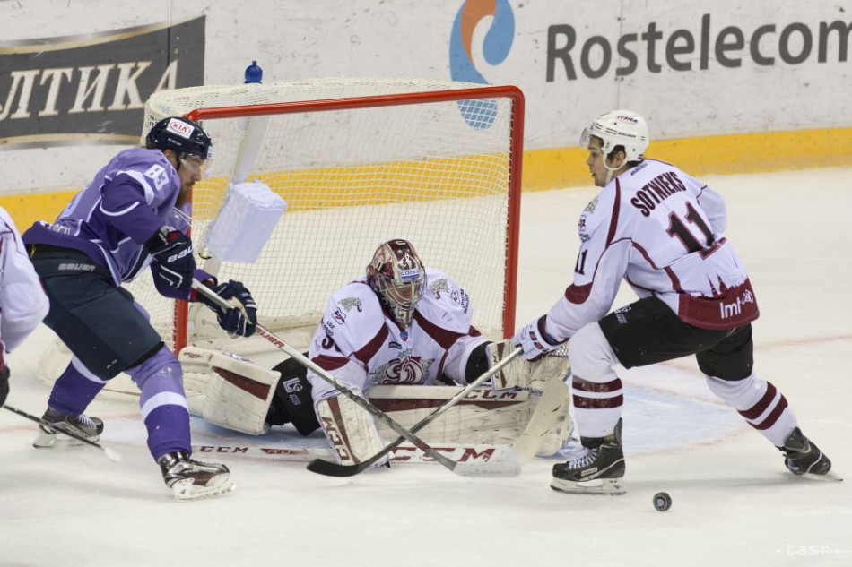 VIDEO: Slovan postúpil druhýkrát do play-off KHL, stretne sa s CSKA
