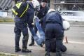 AfD podporil Klaus. Snem sprevádzali strety aktivistov s políciou