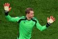 Neuer sa podrobil operácii: Ako dlho bude Bayernu chýbať?