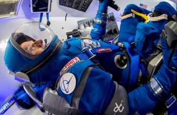 Nové skafandre pre astronautov budú modré a vyrobí ich Boeing