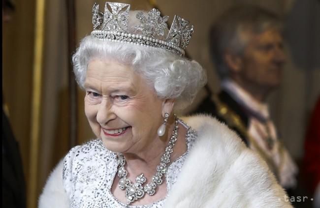 8b606c6a7f Kráľovná Alžbeta II. . Foto  TASR AP Photo