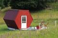 Netypický Včelí hotel v Uhliskách ponúka dokonalú spätosť s prírodou