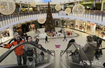 Vianoce sa blížia, venujeme blízkym darček alebo peniaze?