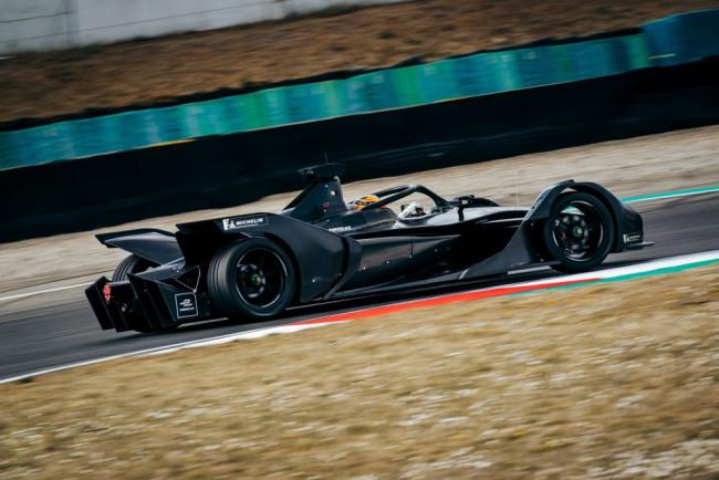 Debut striebornej hviezdy  vo Formule E