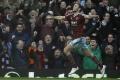 West Ham začal vyšetrovať Carrolla a Randolpha, údajne boli opití