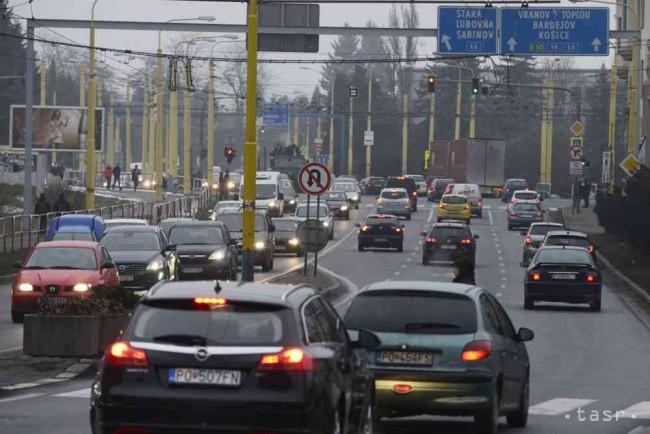 848dd4ced Ilustračné foto Foto: TASR/Milan Kapusta. Prešov 31. marca (TASR) – Dopravný  podnik mesta ...