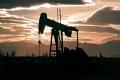 Ceny ropy atakujú hranicu 50 dolárov za barel
