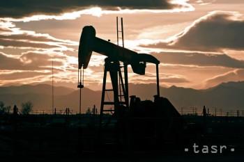 Podľa svetového obchodníka s ropou budú ceny ropy nízke 10 rokov