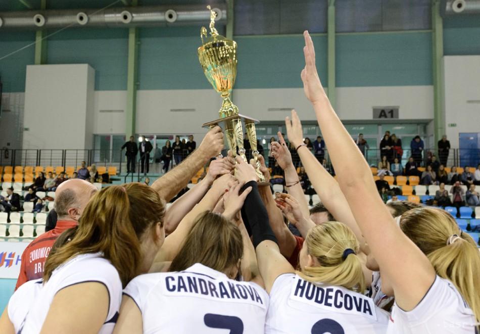 Volejbal  Ženy VK Slávia EU Bratislava víťazkami Slovenského pohára 32a2fe2889
