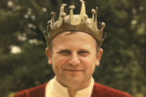 Režisérka filmu To ta monarchia radí starostom, aby sa stali otcami