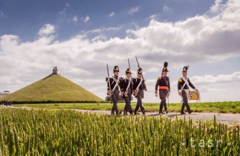 Leví kopec pri Waterloo pripomína jednu z najslávnejších bitiek dejín