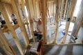 VIDEO: Robotníci si pred prácou na stavbe ochotne najskôr zacvičia
