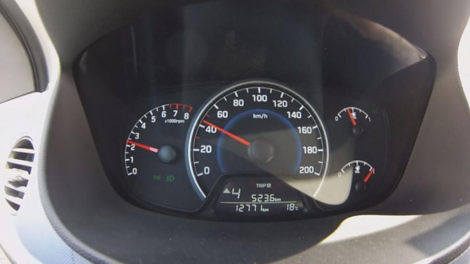 DOPRAVNÝ PSYCHOLÓG: Pozornosť za volantom znižujú vodičovi zlozvyky