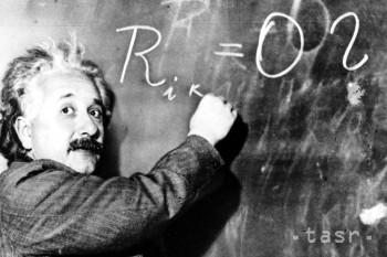 Geniálny fyzik Albert Einstein sa narodil pred 140 rokmi